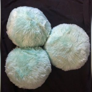 3 throw pillows mint green with silver